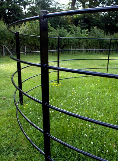 Curved 5 Bar Fence